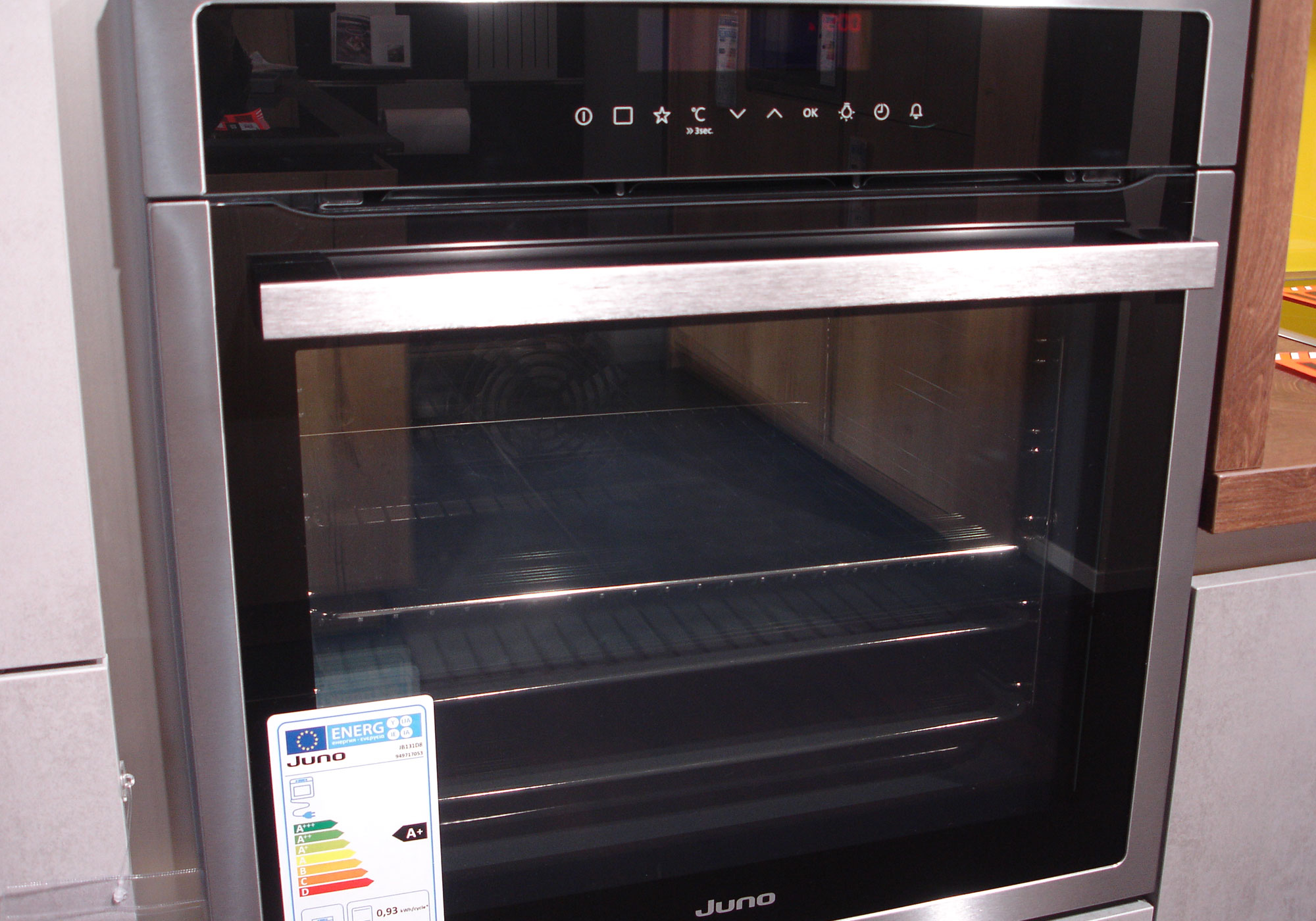 <p>Backofen: Juno Selection</p>
